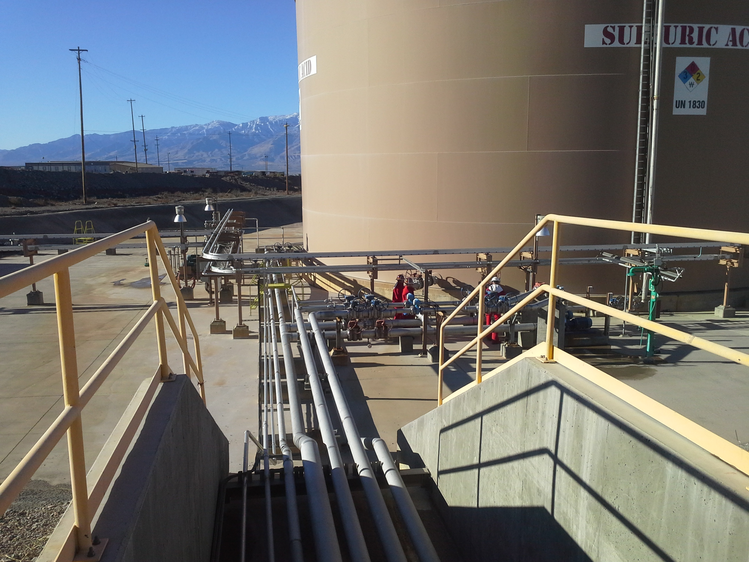 Hanlon Engineering Acid Tank & Piping
